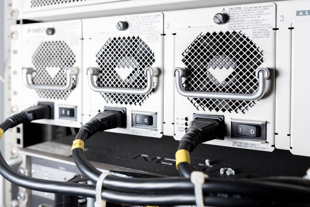 Power Supply Basics - Part 2: Ferroresonant and Switch Mode